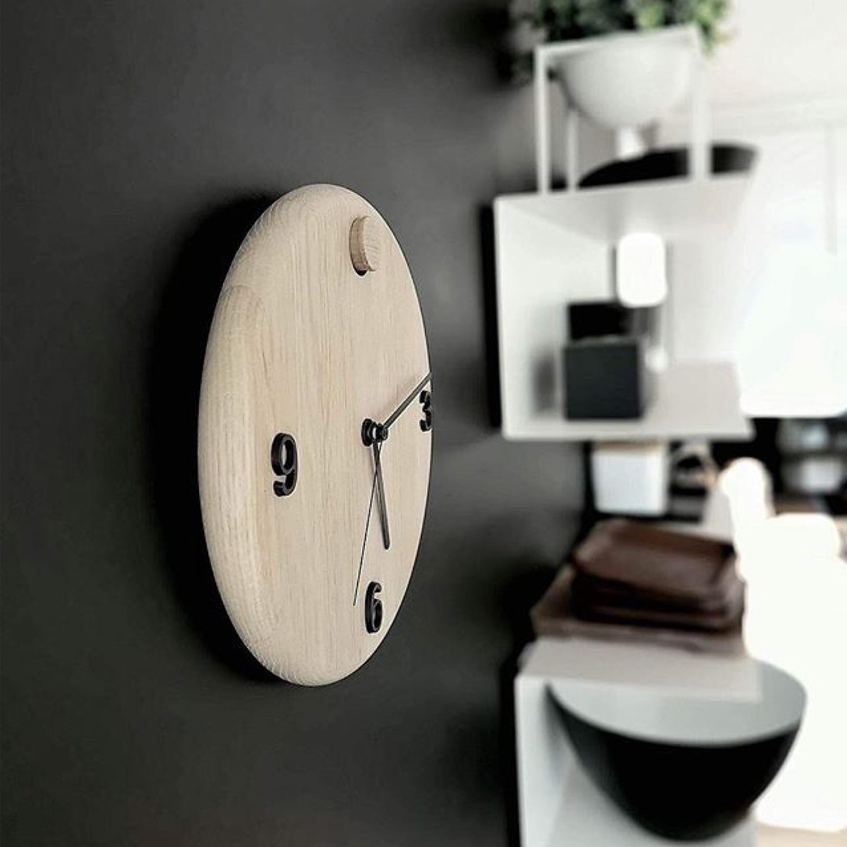 AndersenFurniture-WoodTimeWanduhr-Ambiente