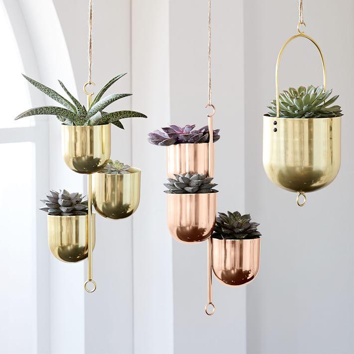 hanging-metal-planters-o