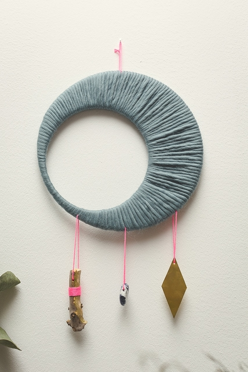 wallhanging_moon4